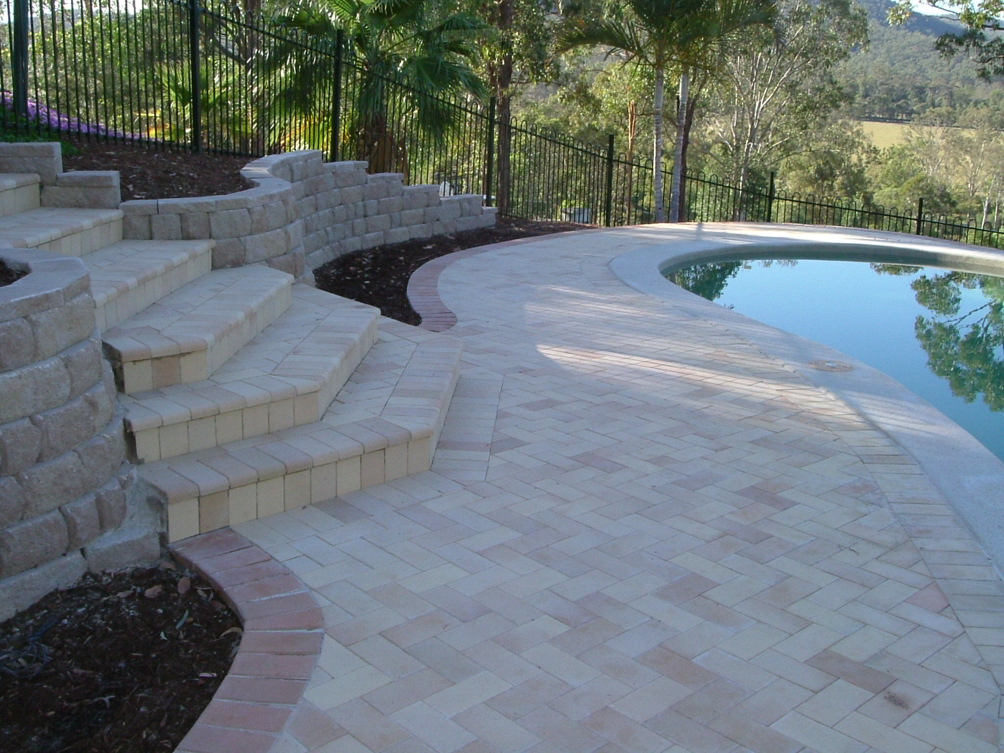 Concreting, Paving & Tiling